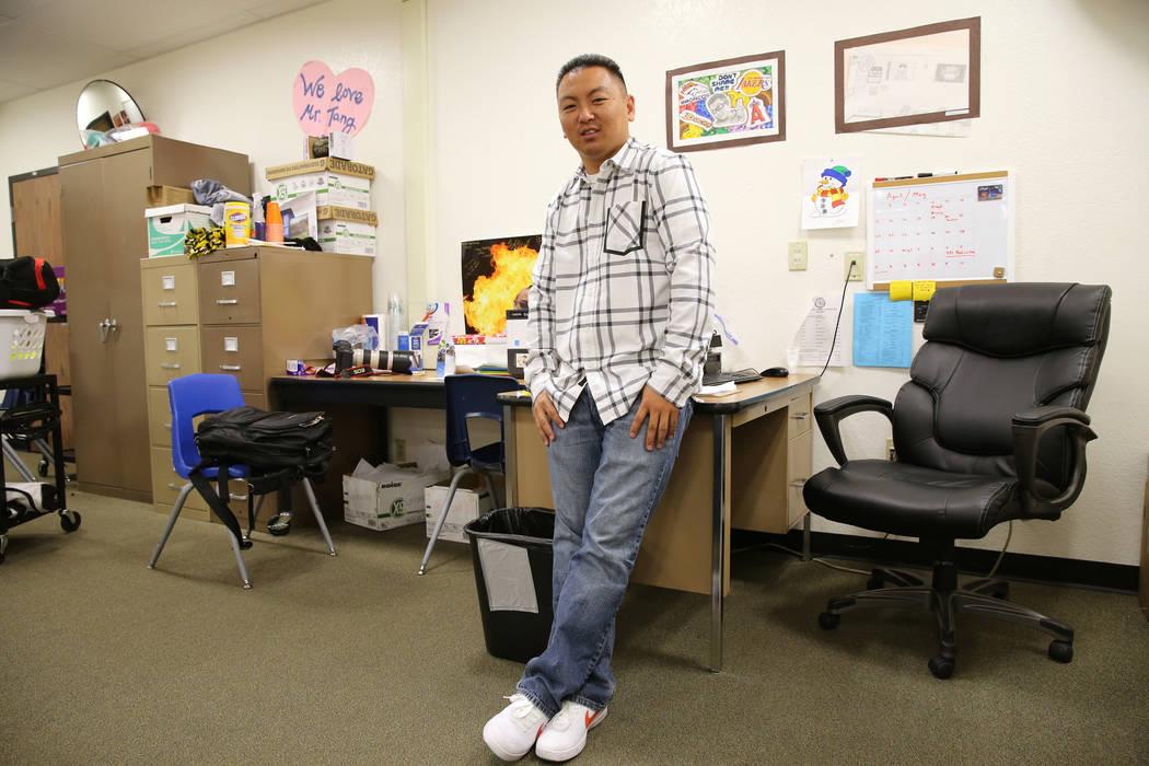 El maestro de la Escuela Clark High, Charlie Tang, después de su última clase del día, el martes 24 de abril de 2018. K.M. Cannon Las Vegas Review-Journal @KMCannonPhoto