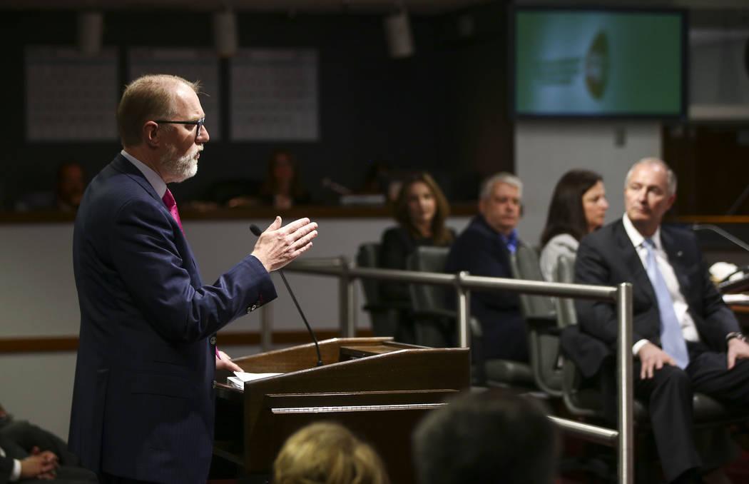 El abogado Todd Bice supervisó una auditoría que detallaba el uso personal de las tarjetas de regalo de las aerolíneas por parte del jefe de la Autoridad de Convenciones y Visitantes de Las Veg ...
