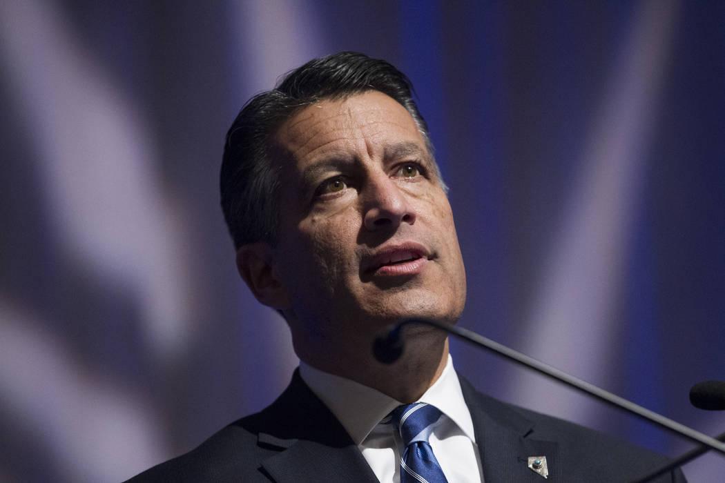 En esta foto de archivo del 5 de diciembre de 2017, el gobernador Brian Sandoval habla en Las Vegas. Erik Verduzco Las Vegas Review-Journal @Erik_Verduzco