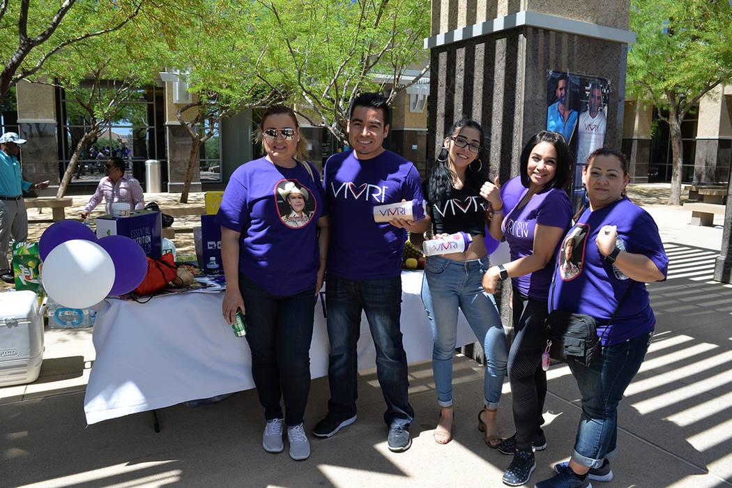 Una de las artistas invitadas a la celebración del aniversario de la ciudad de North Las Vegas fue la niña Salmha, aquí con la organizadora Janet Revere. Sábado 28 de abril de 2018, en el City ...