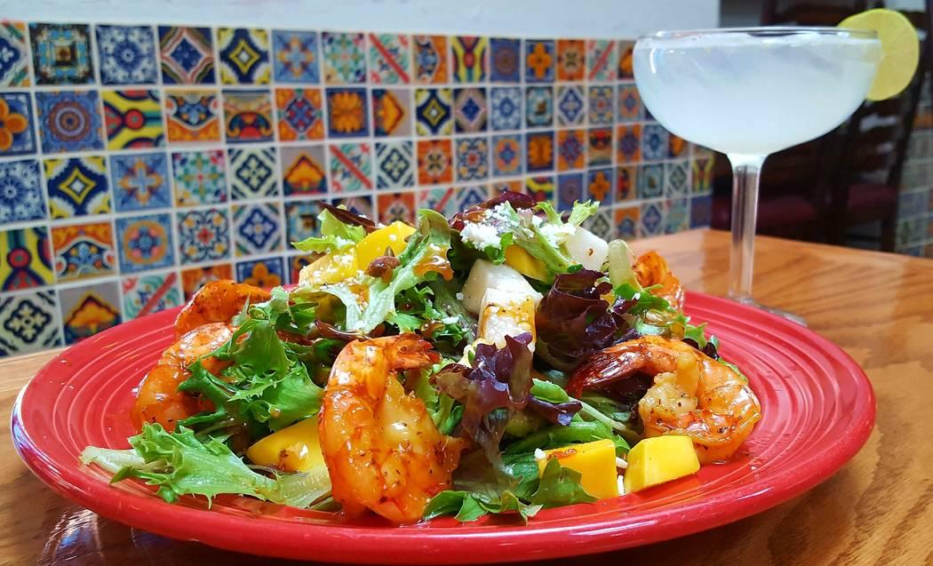 Ensalada de camarones y miel (cortesía del restaurante mexicano Pancho's)