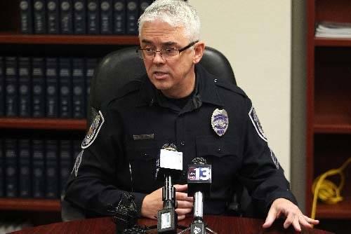 Tim Bedwell, un teniente retirado de la policía de North Las Vegas, anunció su candidatura el martes para alguacil del Condado de Clark, marcando el primer oponente de Lombardo en la carrera que ...