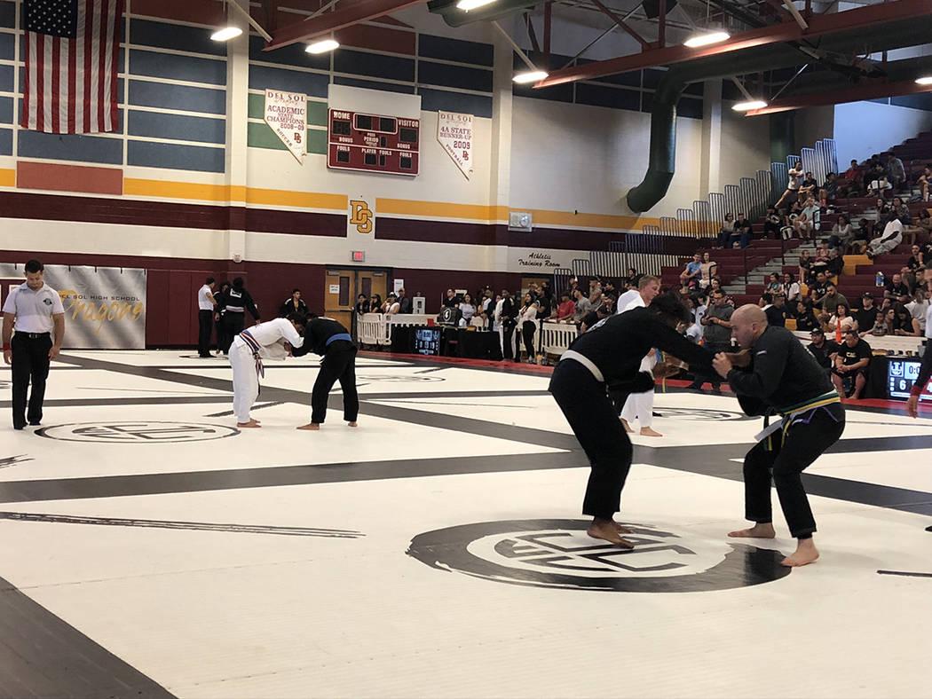 El gimnasio de la preparatoria Del Sol en Las Vegas fue sede del Torneo de Jiu Jitsu World League, el 29 de abril del 2018. Foto Valdemar González / El Tiempo - Contribuidor.