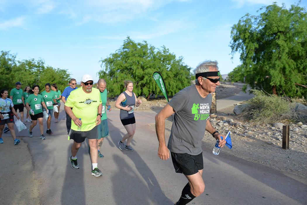"""La actividad de concientización fue denominada """"Cinco cincuenta cincuenta"""". Jueves 10 de mayo en el Sunset Park. Foto Frank Alejandre / El Tiempo."""