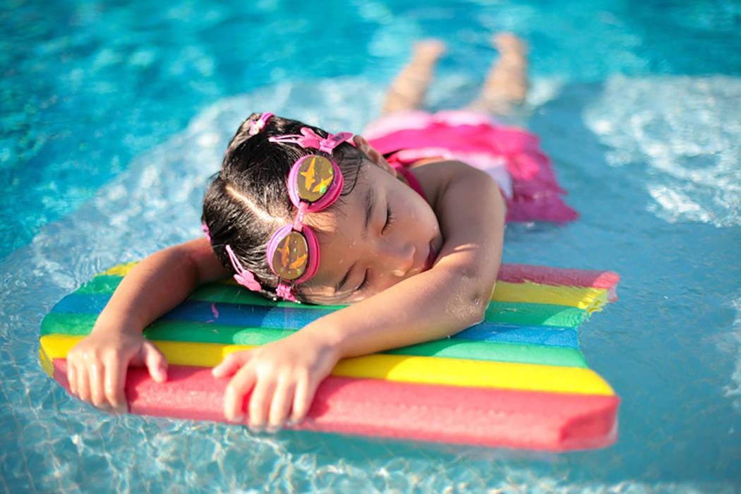 La Coalición para la Prevenir el Ahogamiento Infantil en el Sur de Nevada recomienda tomar precauciones en esta temporada de calor. Foto Cortesía SNCDPC.
