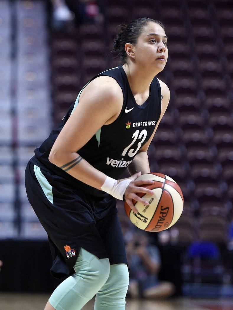 Shoni Schimmel del New York Liberty durante un juego de baloncesto de la WNBA de pretemporada, el miércoles 8 de mayo de 2018 en Uncasville, Connecticut (AP Photo / Jessica Hill)