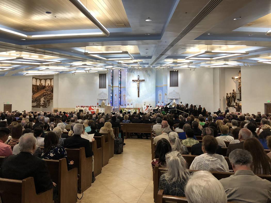 Ceremonia de la instalación del 3er. Obispo de LV, George Thomas, en el Santuario del Divino Redentor, el 15 de mayo del 2018. Foto Valdemar González / El Tiempo - Contribuidor.