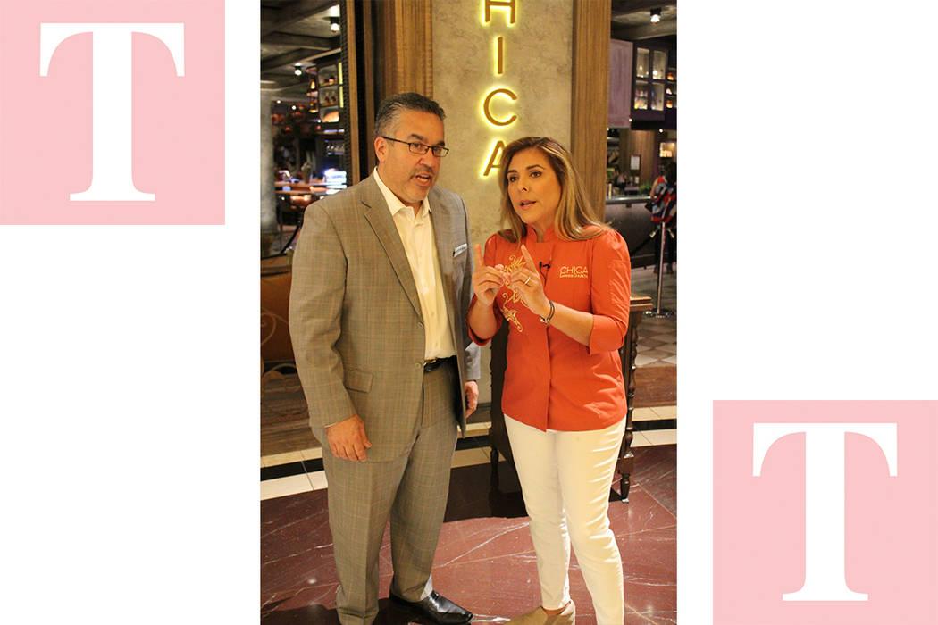 Peter Guzmán, presidente de la Cámara Latina de Comercio y la chef Lorena García, festejaron el aniversario del restaurante Chica. Lunes 14 de mayo del 2018 en restaurante Chica. Foto Cristian ...