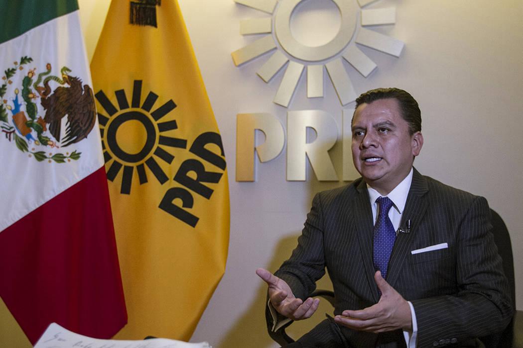 Archivo.- México, 26 Mar 2018 (Notimex- Jessica Espinosa).- En entrevista con Notimex, Manuel Granados Covarrubias, presidente del Comité Ejecutivo Nacional del Partido de la Revolución Democr ...