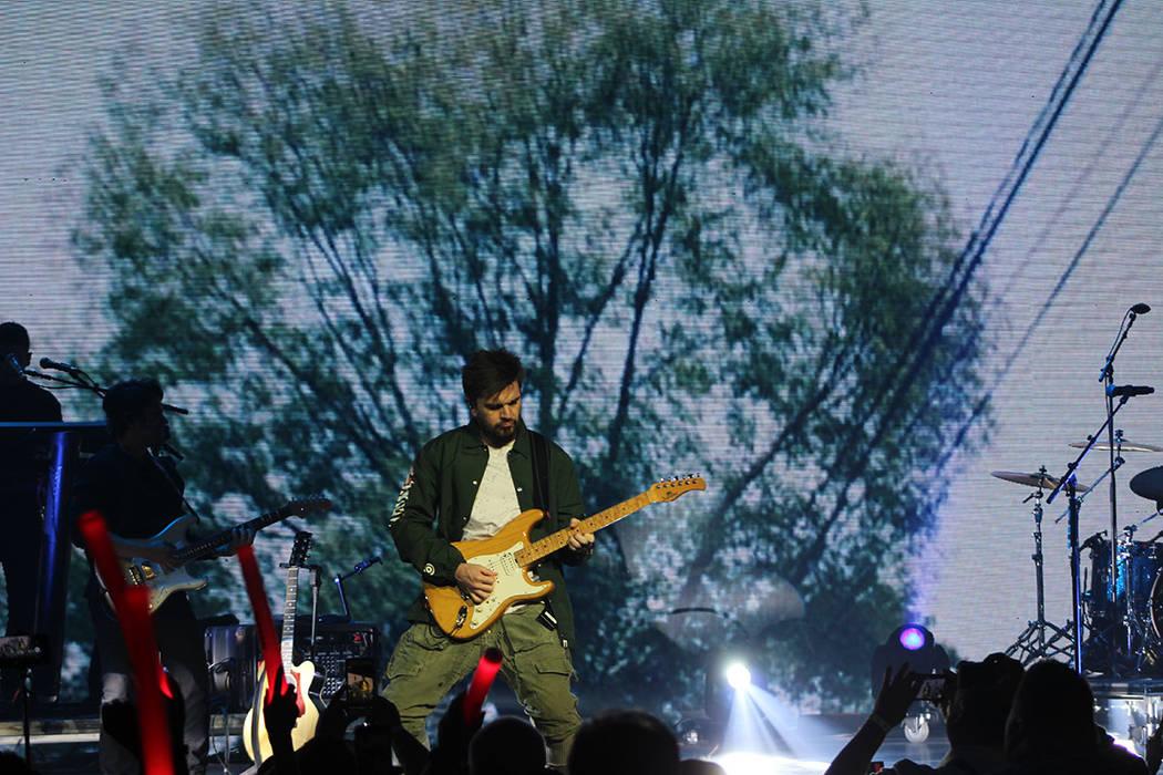 Juanes sigue siendo uno de los artistas latinos más importantes. Sábado 19 de mayo de 2018, en el escenario del Pearl. Foto Cristian De la Rosa / El Tiempo - Contribuidor.