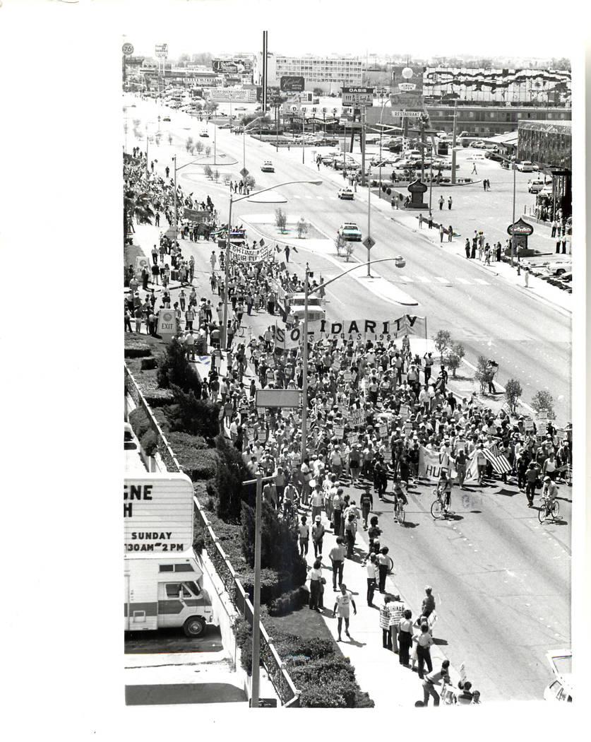 La huelga de la Unión Culinaria comienza en 1984. (Rene Germanier / Las Vegas Review-Journal)