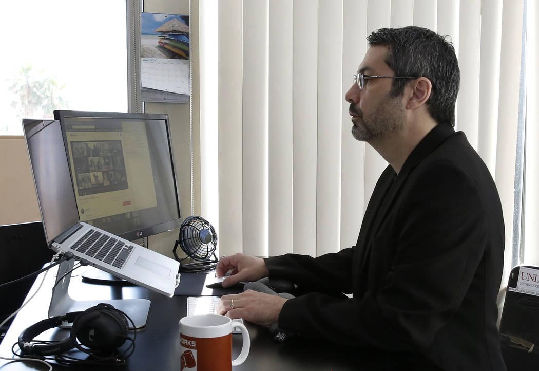 Rick Duggan, CEO de Concierge Software Design, fotografiado en su oficina de Las Vegas el viernes 18 de mayo de 2018. Bizuayehu Tesfaye / Las Vegas Review-Journal @bizutesfaye