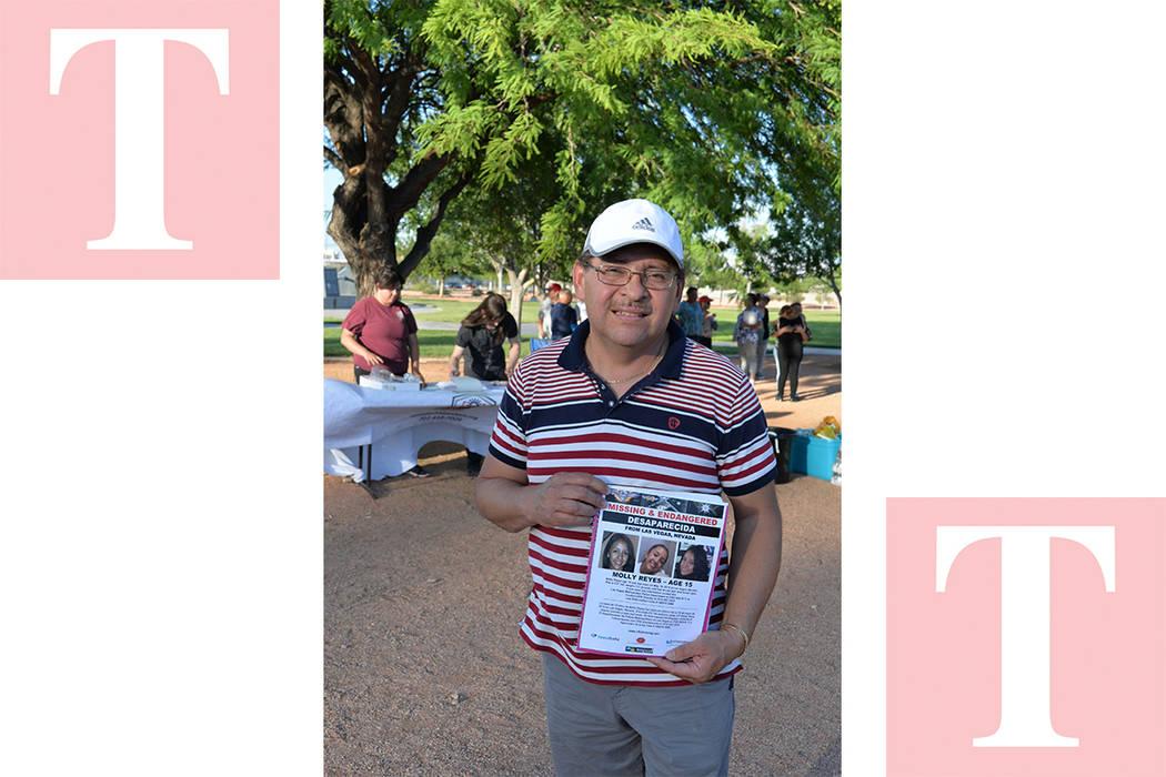 La respuesta de la comunidad ha sido positiva, decenas se sumaron a la búsqueda. Miércoles 30 de mayo, en el parque Firefighters Memorial. Foto Frank Alejandre / El Tiempo.