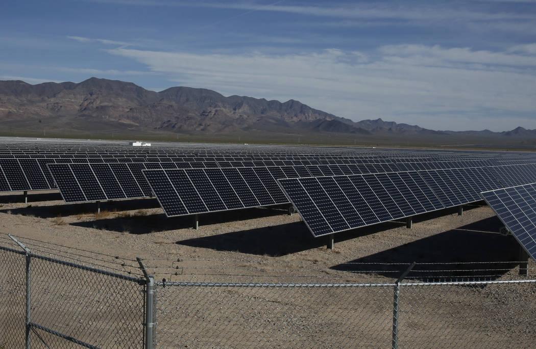 La planta Copper Mountain Solar ll, en El Dorado Valley el jueves 31 de mayo de 2018 en Boulder City. Bizuayehu Tesfaye / Las Vegas Review-Journal @bizutesfaye