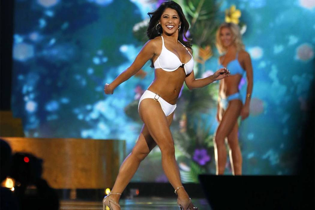 Miss California: Jessa Carmack, durante la competencia de trajes de baño en el concurso Miss America 2017, el domingo 11 de septiembre de 2016 en Atlantic City, N.J. (Noah K. Murray / AP)
