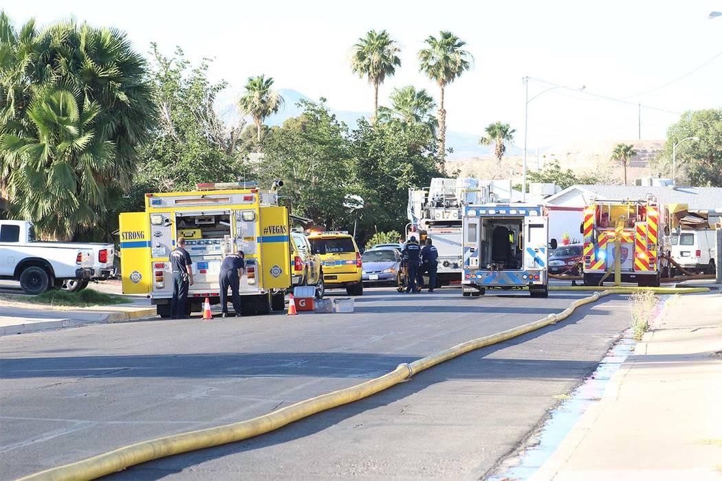No se reportaron heridos en el incendio de una casa en 5064 San Anselmo St. en el este de Las Vegas, el jueves 7 de junio de 2018. (Max Michor / Las Vegas Review-Journal)