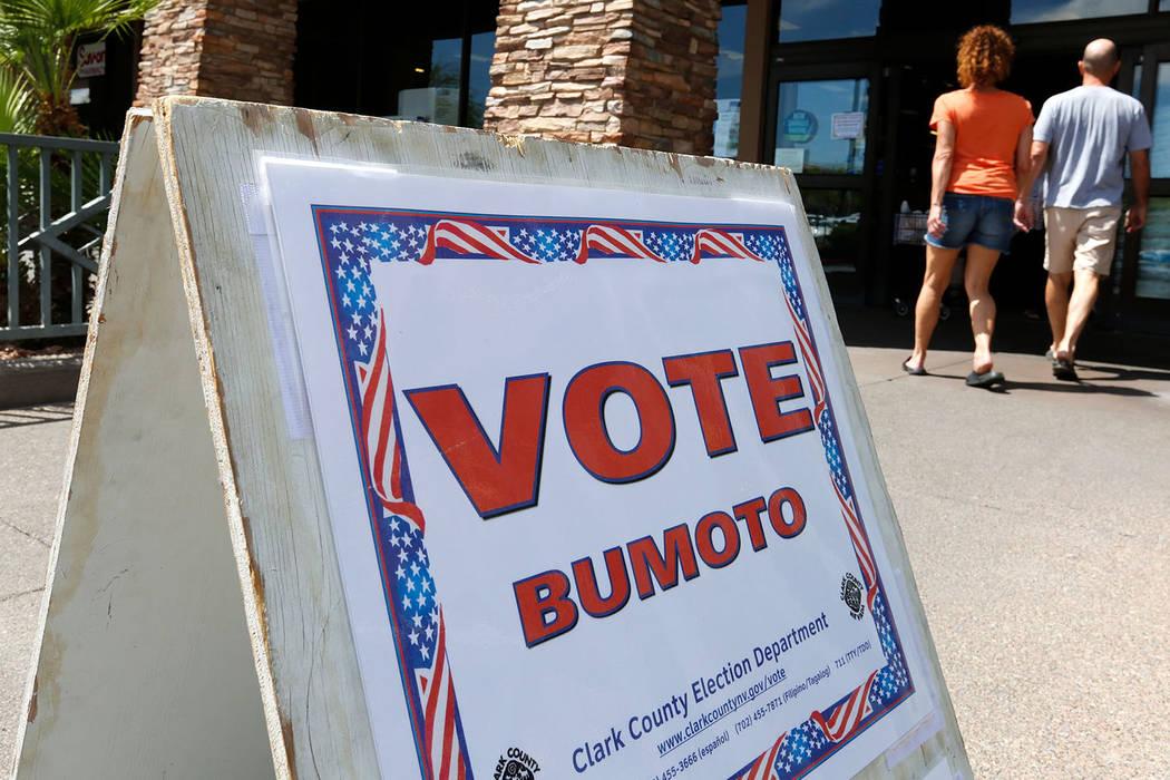 Hoy es el día de las elecciones primarias y los votantes pueden emitir su voto en cualquiera de los 172 centros de votación alrededor del Condado de Clark, de 7 a.m. a 7 p.m. (Chitose Suzuki Las ...