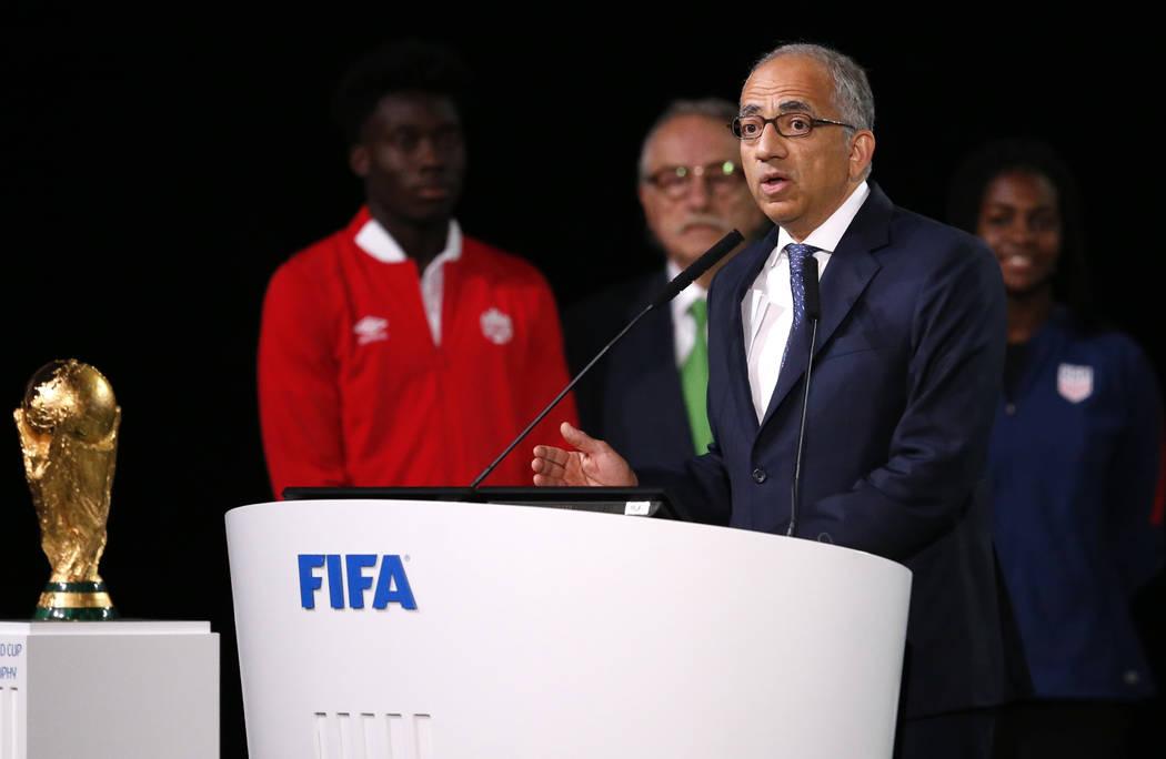 Carlos Cordeiro, el presidente de la Federación de Fútbol de Estados Unidos, habla en el congreso de la FIFA en vísperas del primer partido de la Copa Mundial de Fútbol 2018 en Moscú, Rusia, ...