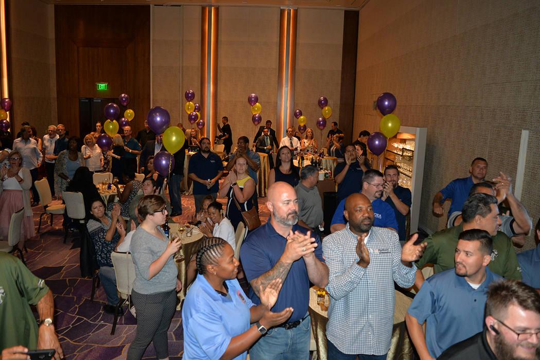Los seguidores de Steve Sisolak se reunieron para celebrar el triunfo de su candidato en la elección primaria. Martes 12 de junio en el Aria hotel & casino. Foto Frank Alejandre / El Tiempo.