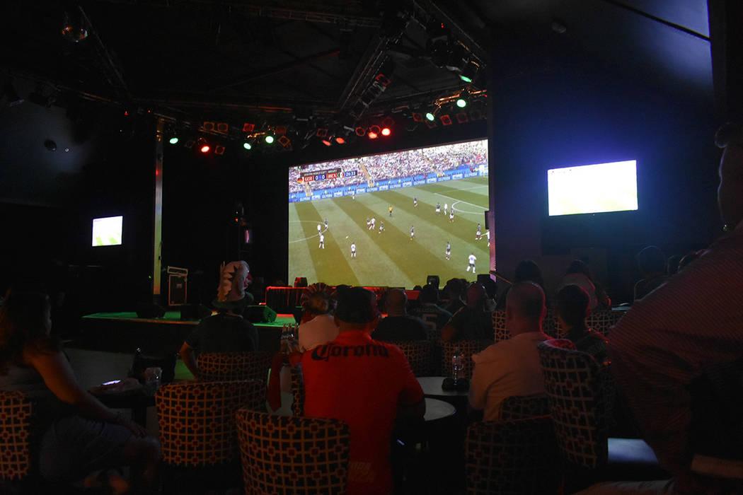 En distintos sitios del Sur de Nevada se llevaron a cabo eventos especiales para ver el partido México vs Alemania. Domingo 17 de junio de 2018 en hotel y casino Texas Station. Foto Anthony Avell ...