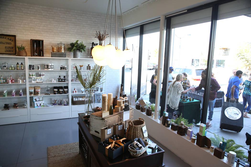 La recién inaugurada tienda de cáñamo KANA Modern Apothecary en el centro de Las Vegas, el viernes 1 de junio de 2018. Erik Verduzco Las Vegas Review-Journal @Erik_Verduzco