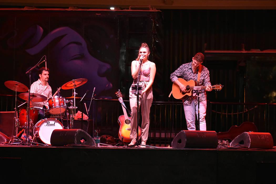Noelle Chiodo se ha presentado exitosamente en diversos escenarios de Las Vegas. Sábado 16 de junio de 2018 en Downtown Container Park. Foto Anthony Avellaneda / El Tiempo.