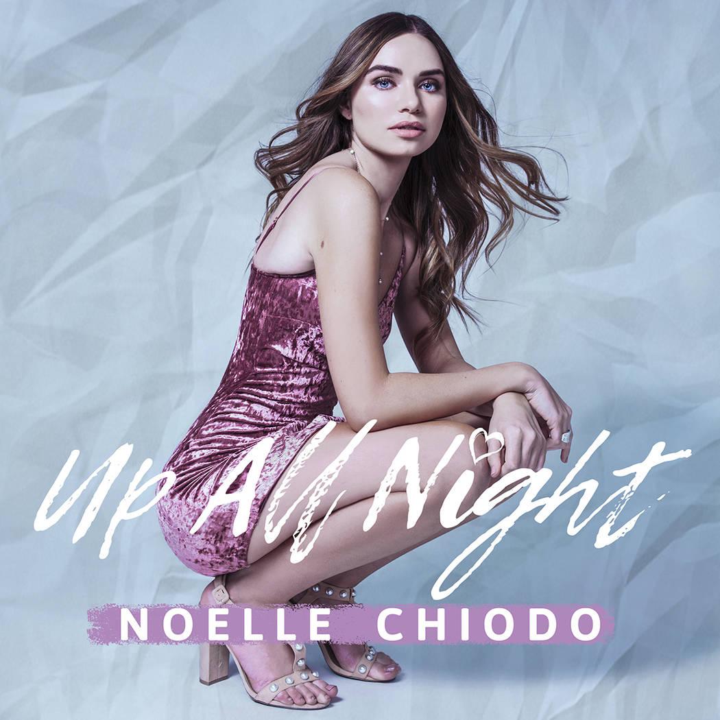 Portada del próximo lanzamiento del sencillo 'Up All Night' de Noelle Chiodo. Foto Cortesía.