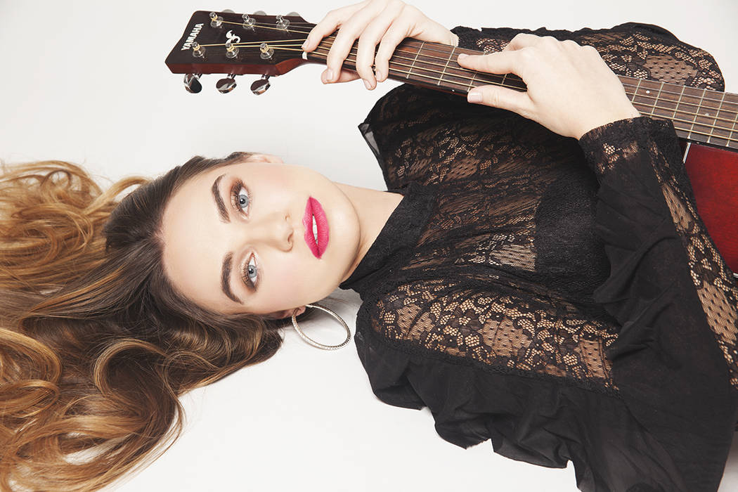 A sus 21 años de edad, Noelle Chiodo ha logrado cantar en importantes escenarios de Las Vegas con su música pop. Foto Cortesía.