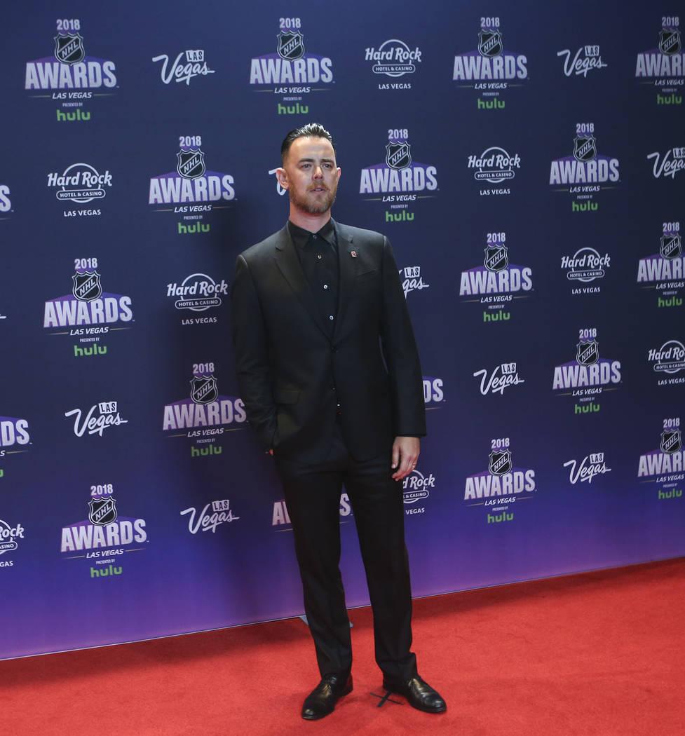 Colin Hanks posa en la alfombra roja antes de los Premios NHL en el Hard Rock Hotel de Las Vegas el miércoles 20 de junio de 2018. Chase Stevens Las Vegas Review-Journal @csstevensphoto