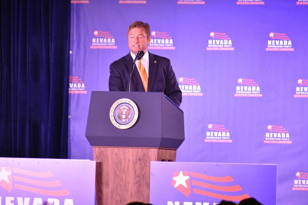 El senador Dean Heller recibió al presidente Donald Trump, quien también acudió a Las Vegas para recaudar fondos para la campaña de Heller. Sábado 23 de junio de 2018 en hotel y casino Suncoa ...