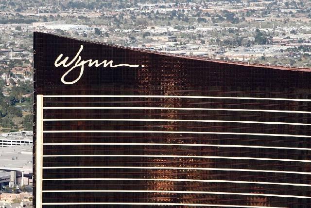 Cientos de distribuidores de Wynn Las Vegas podrían recibir grandes pagos luego de que el Tribunal Supremo de Estados Unidos dejara en suspenso el fallo de un tribunal de Nevada de que el operado ...
