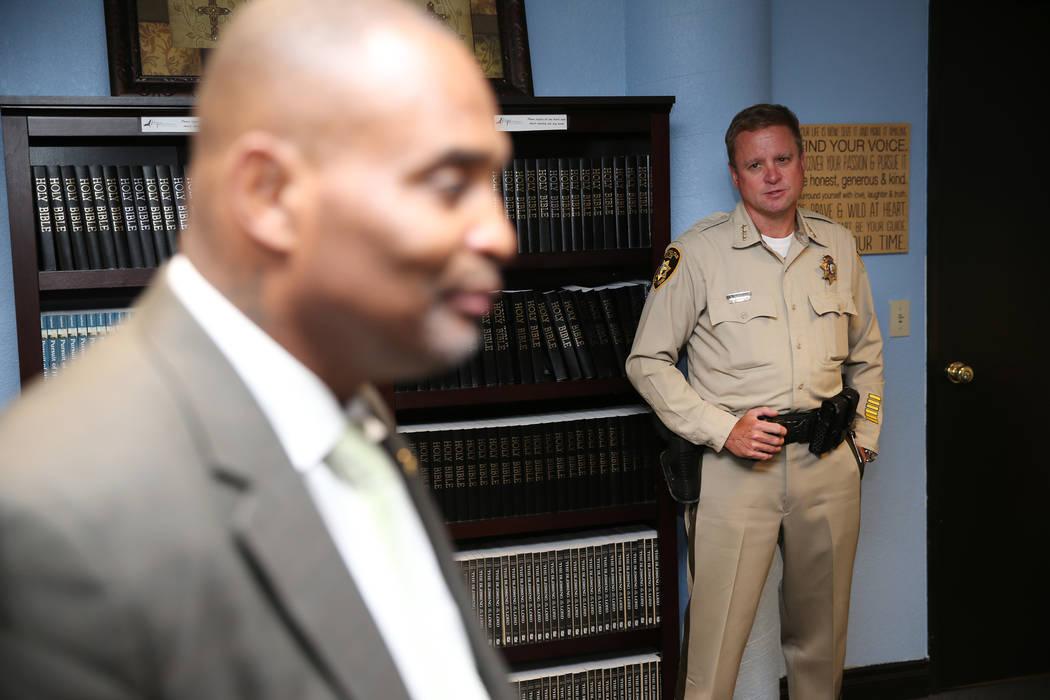 El Alguacil del Departamento de la Policía Metropolitana de Las Vegas, Kevin McMahill, durante una reunión en la sede de Hope For Prisoners en Las Vegas, el martes 26 de junio de 2018. Erik Verd ...
