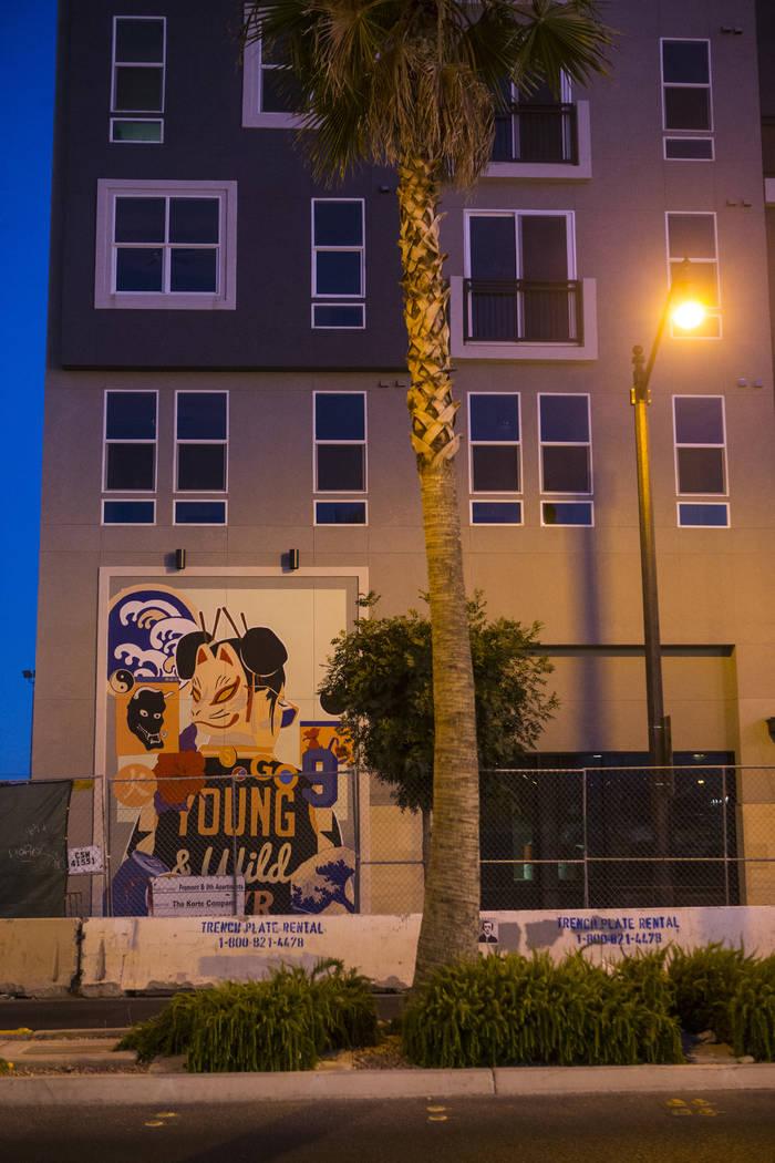 El edificio de apartamentos Fremont9, programado para abrir más tarde este otoño, en el centro de Las Vegas el viernes 22 de junio de 2018. Chase Stevens Las Vegas Review-Journal @csstevensphoto
