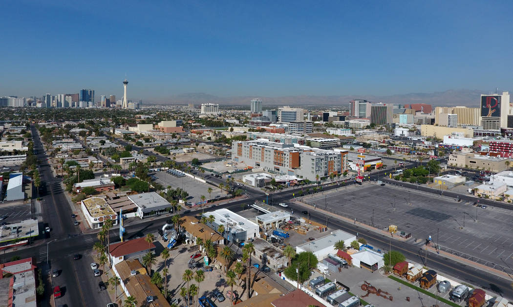 Foto aérea de la vivienda del centro en East Fremont Street el lunes 25 de junio de 2018. Michael Quine Las Vegas Review-Journal @ Vegas88s