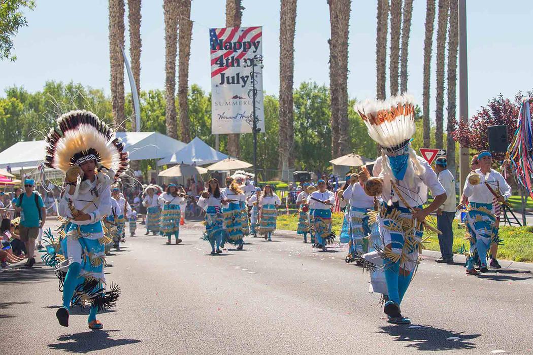 """El grupo folklórico mexicano """"Matachines de Juárez"""" participó en el Desfile del 4 de Julio. Miércoles 4 de julio de 2018, en Summerlin. Foto Cortesía."""