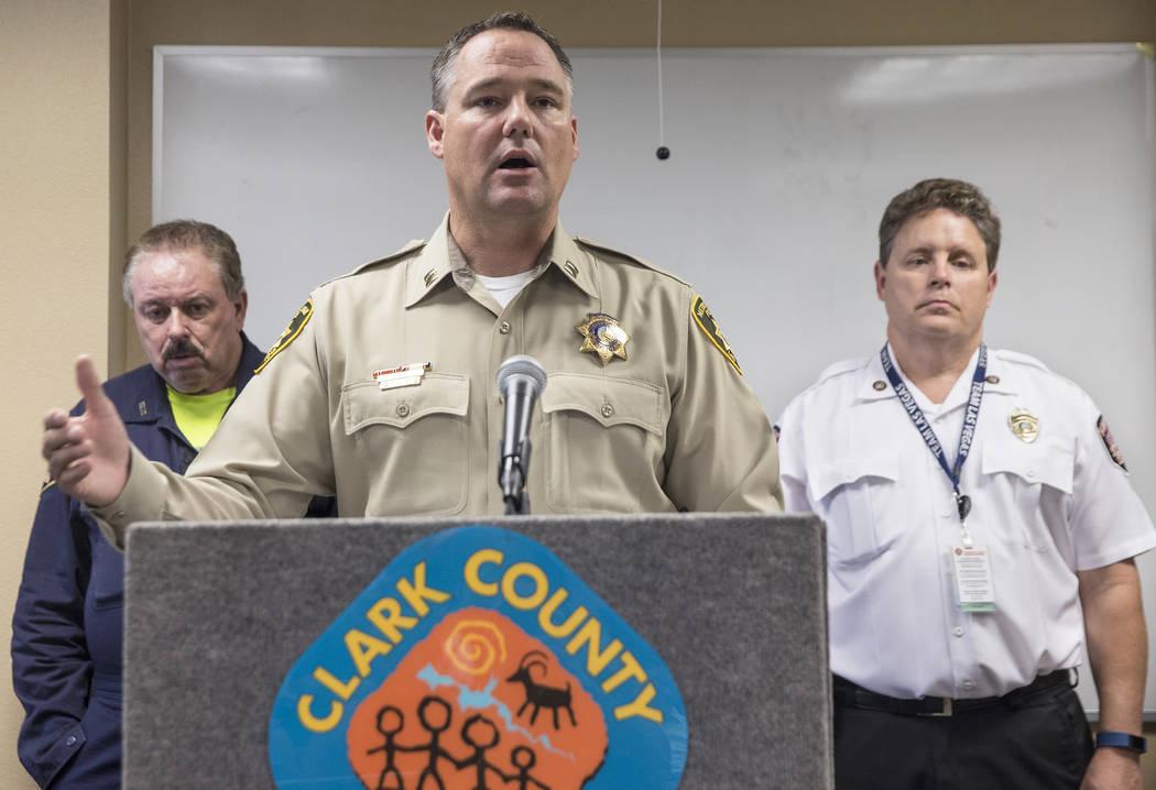 El capitán Todd Raybuck analiza los esfuerzos de la policía para combatir los fuegos artificiales ilegales durante el 4 de julio del jueves 5 de julio de 2018, durante una conferencia de prensa ...
