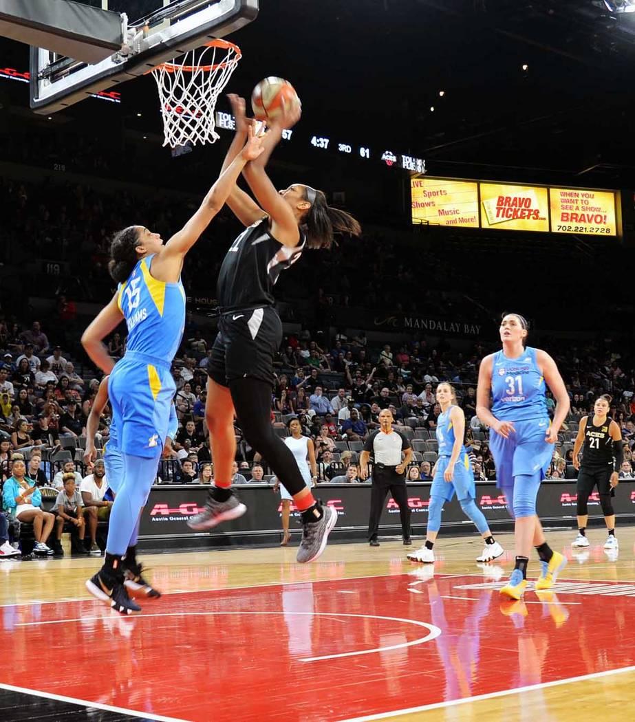 La jugadora A'ja Wilson se ha convertido en pieza clave del accionar de las Vegas Aces, en el partido ante Chicago Sky anotó 24 puntos. Jueves 5 de julio de 2018 en el Centro de Eventos del Man ...