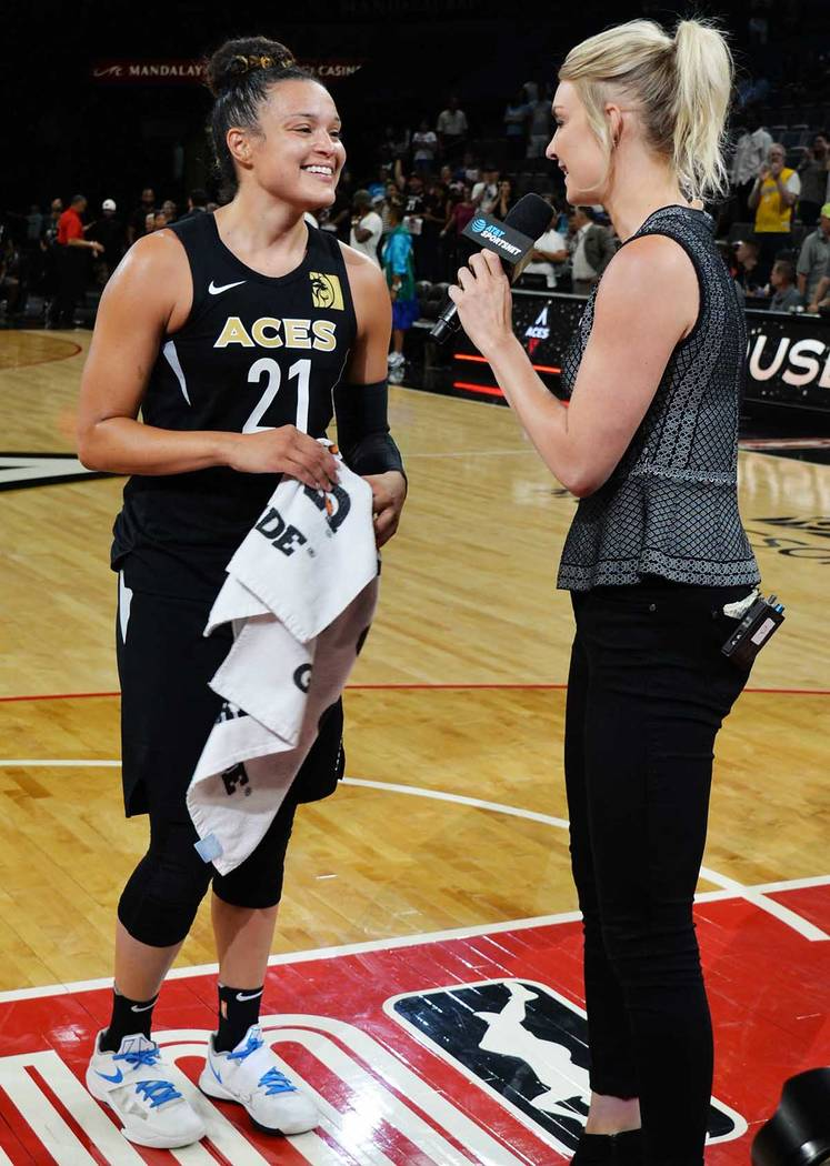 Kayla McBride, con 28 puntos a su favor, se adjudicó el sexto juego anotando 20 o más puntos en la temporada. Jueves 5 de julio de 2018 en el Centro de Eventos del Mandalay Bay. Foto Frank Aleja ...