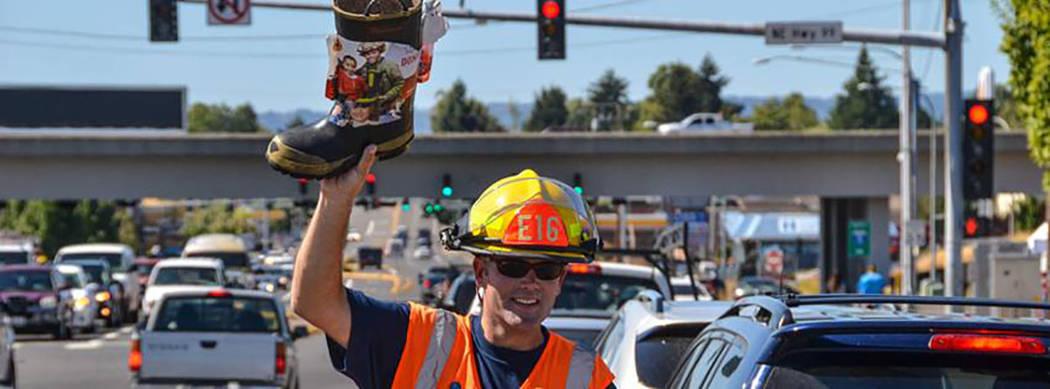 Los bomberos colaboran con MDA desde la década los años 50. Foto Cortesía.