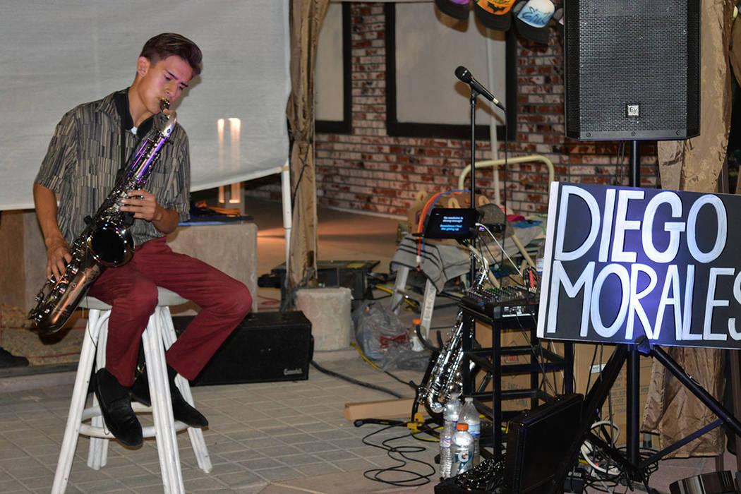 Diego Morales, un talentoso jovencito, deleitó a la audiencia con su saxofón. Viernes 6 de julio de 2018 en el Centro Cultural de Artes. Foto Frank Alejandre / El Tiempo.