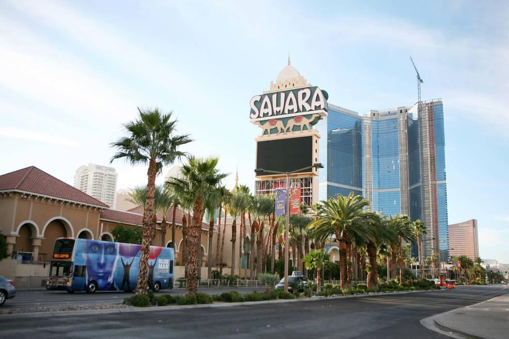 El Sáhara cerrado como se vio el lunes, 3 de diciembre de 2012, en Las Vegas Strip. (Ronda Churchill / Las Vegas Review-Journal)