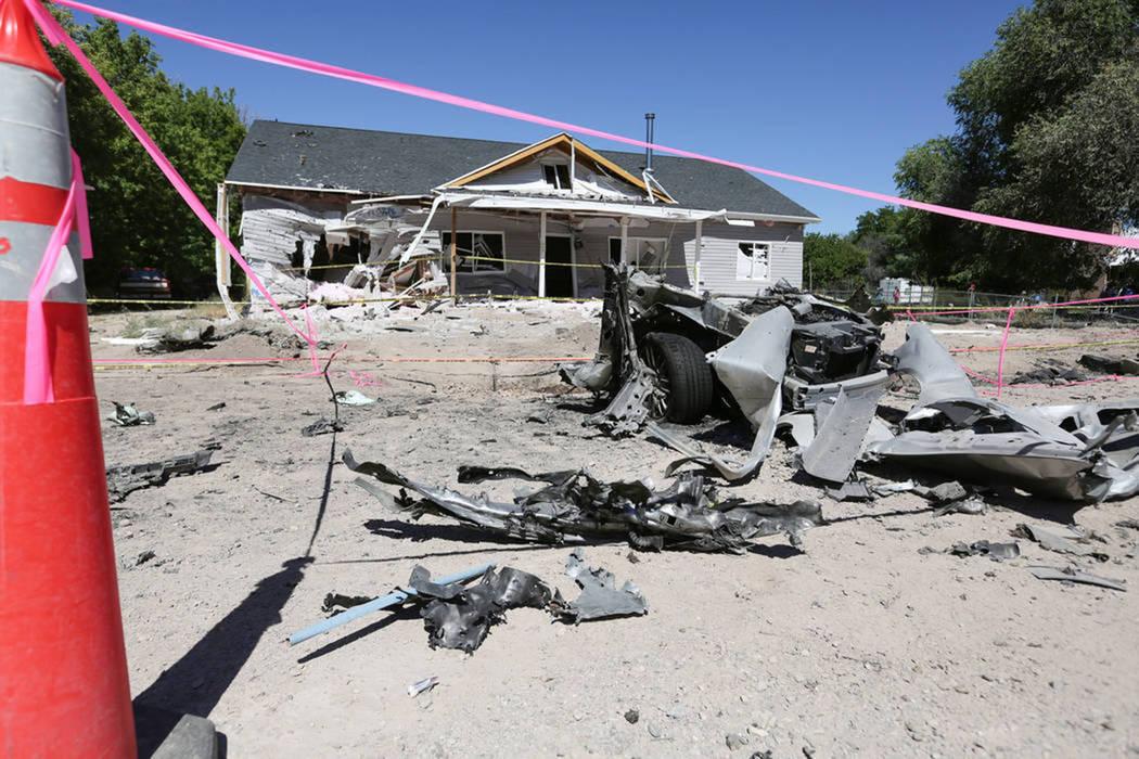 El 15 de julio de 2016 se detectó un daño como consecuencia de un bombardeo que mató a una persona en la calle Quinta en Panaca, destrozó un automóvil por la mitad y dejó una casa inhabitabl ...