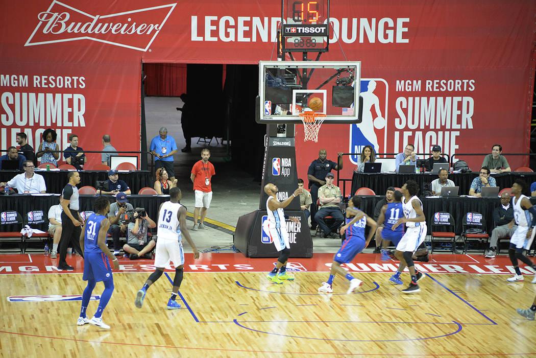 La Liga de Verano 2018 atrajo a muchos aficionados, que observaron de primera mano, las futuras estrellas del basquetbol. Domingo 15 de julio de 2018 en el Thomas & Mack Center. Foto Frank Alejand ...