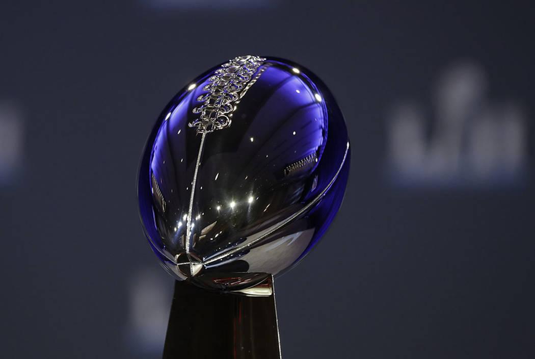 El Trofeo Vince Lombardi el miércoles 31 de enero de 2018 en Minneapolis. (AP Photo / Matt Slocum)