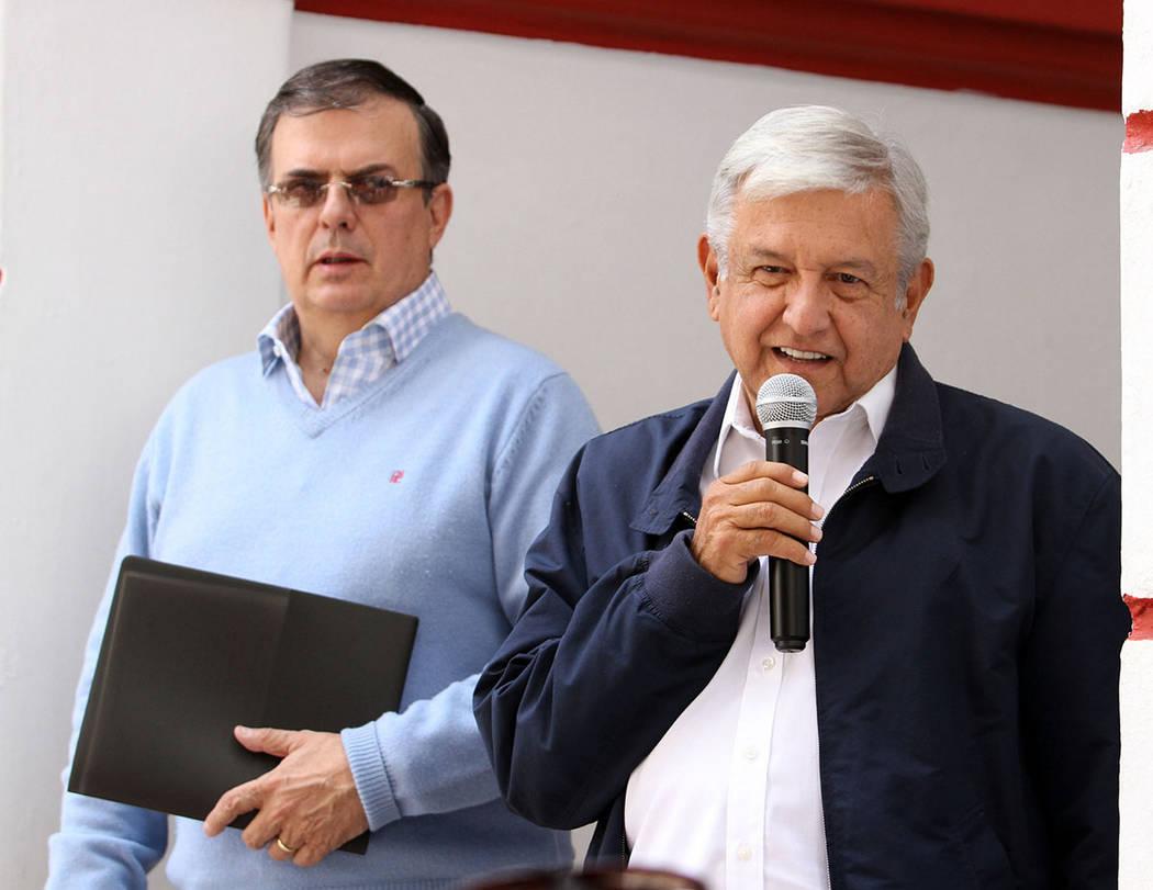 México, 22 Jul 2018 (Notimex-Francisco García).- El candidato ganador de la elección presidencial, Andrés Manuel López Obrador, informó este mediodía que Morena impugnó la multa por 197 mi ...