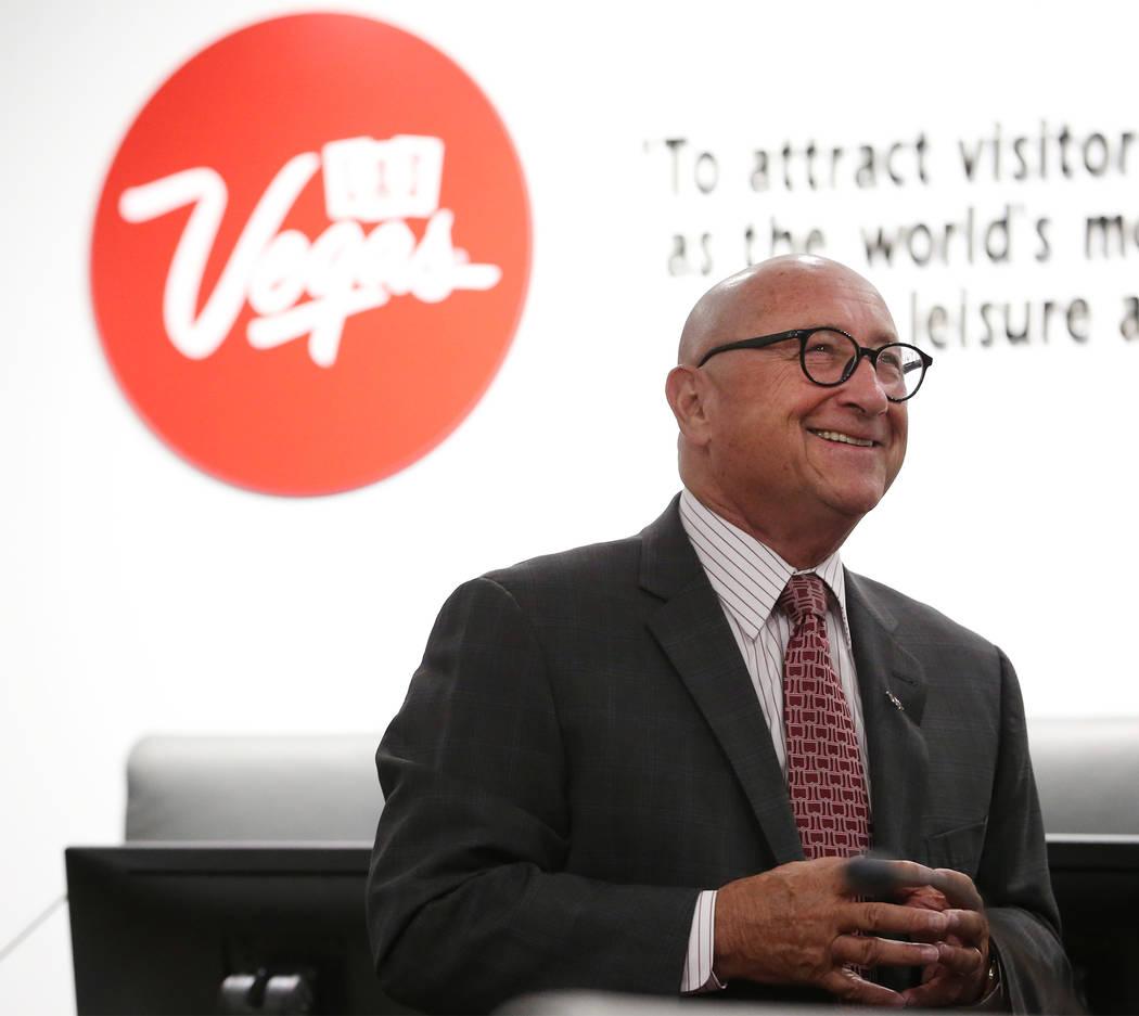 Rossi Ralenkotter, CEO de la Autoridad de Convenciones y Visitantes de Las Vegas durante una reunión de la junta en el Centro de Convenciones de Las Vegas en Las Vegas, martes 12 de junio de 2018 ...