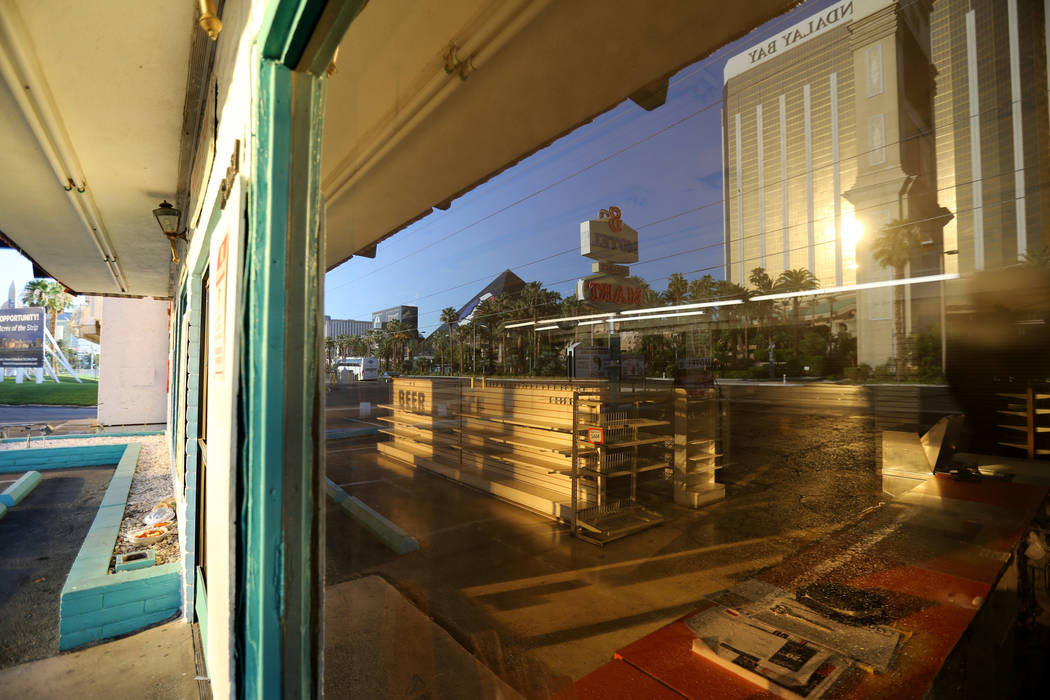 El área comercial del Motel 8 cerrada en el sur del Strip de Las Vegas el jueves 19 de julio de 2018. K.M. Cannon Las Vegas Review-Journal @KMCannonPhoto