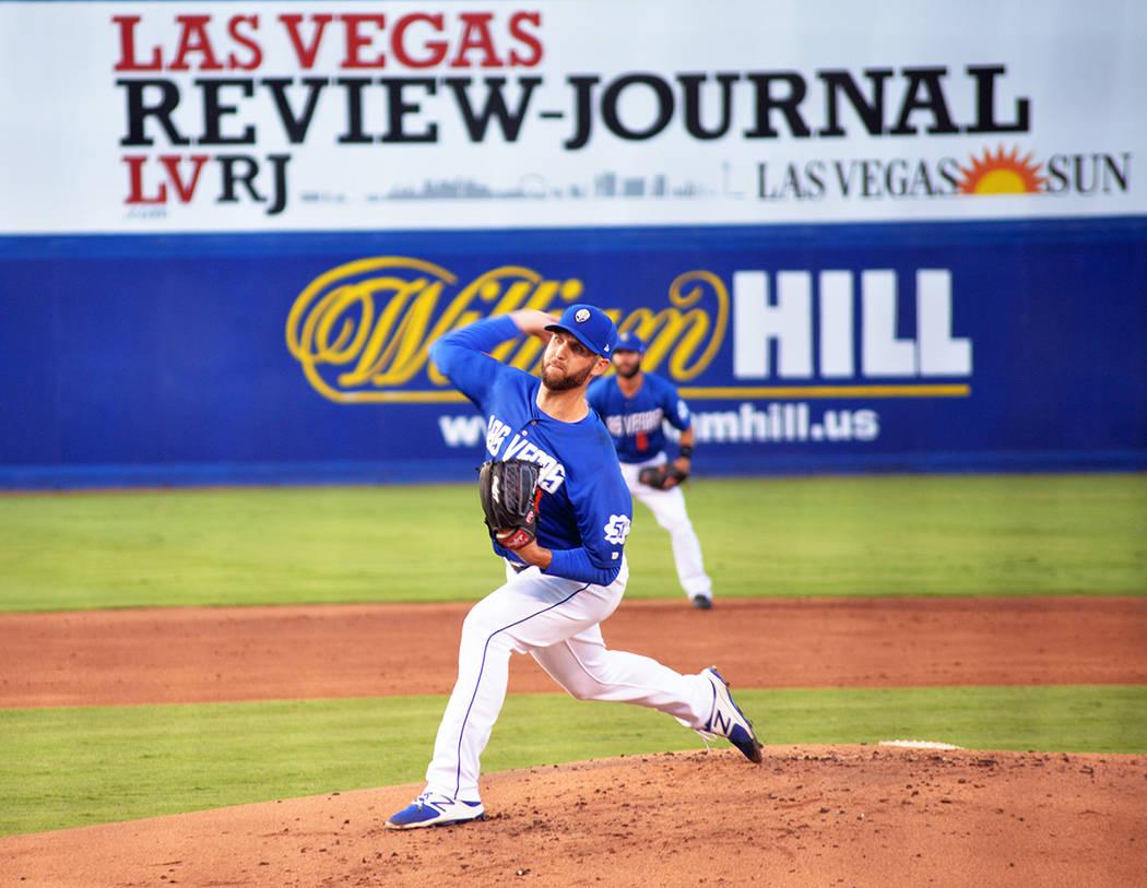 El lanzador de Las Vegas 51's Cody Martin, realizó un extraordinario trabajo en el montículo y se adjudicó una victoria importantísima ante Memphis, en el segundo juego de la serie realizada ...