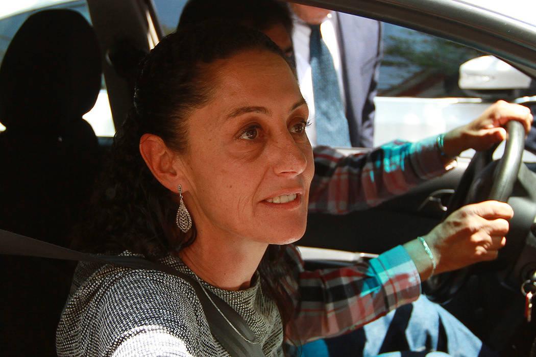 México, 26 Jul 2018 (Notimex- Francisco Estrada).- La jefa de Gobierno electa de la Ciudad de México, Claudia Sheinbaum, arribó esta tarde a la casa de transición del virtual presidente electo ...