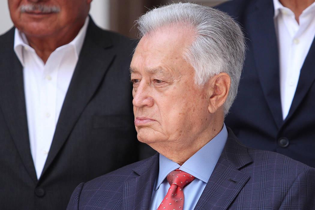 México, 27 Jul 2018 (Notimex-Isaías Hernández).- El candidato ganador de la elección presidencial, Andrés Manuel López Obrador, dio a conocer que Manuel Bartlett estará al frente de la Comi ...